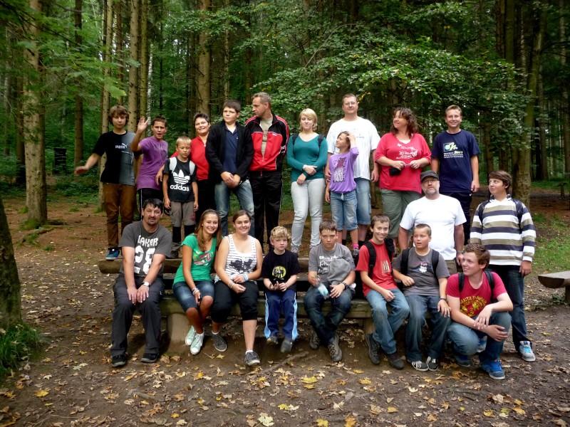 Klettergurt Richtig Anlegen : Sv brochenzell 1921 e.v. :: jugend ausflug 2011 in den kletterpark